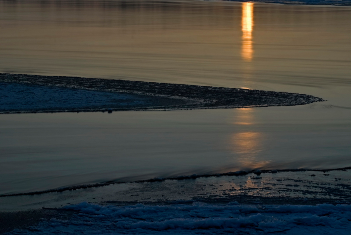Wieczor nad Wisla w okolicy wsi Kobylnica (gm. Maciejowice, pow. garwolinski, woj. mazowieckie)