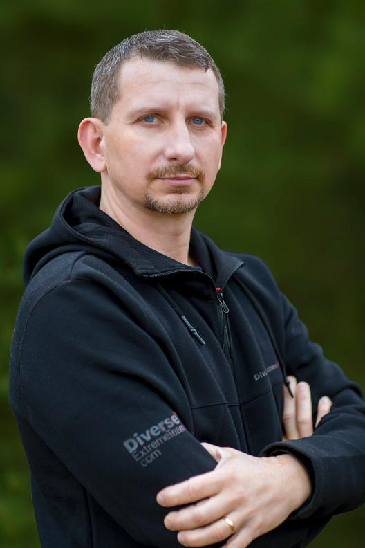 Director and scenarist - KRZYSZTOF SARAPATA